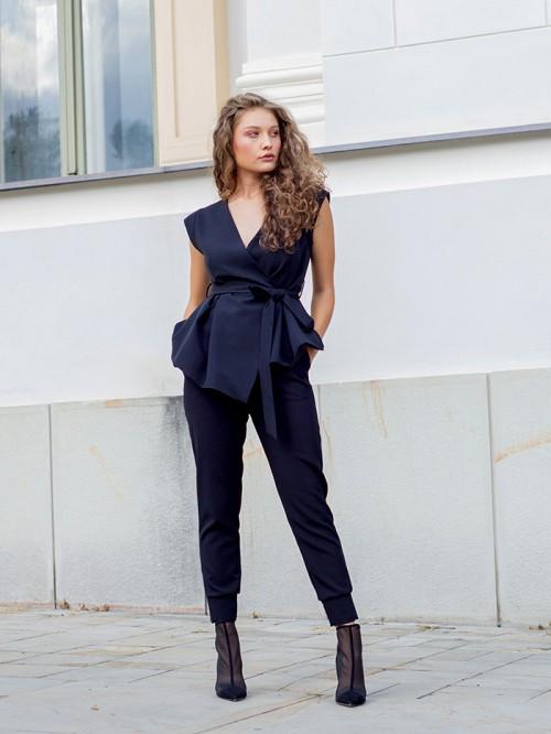 Pantaloni cu talie elastica si mansete