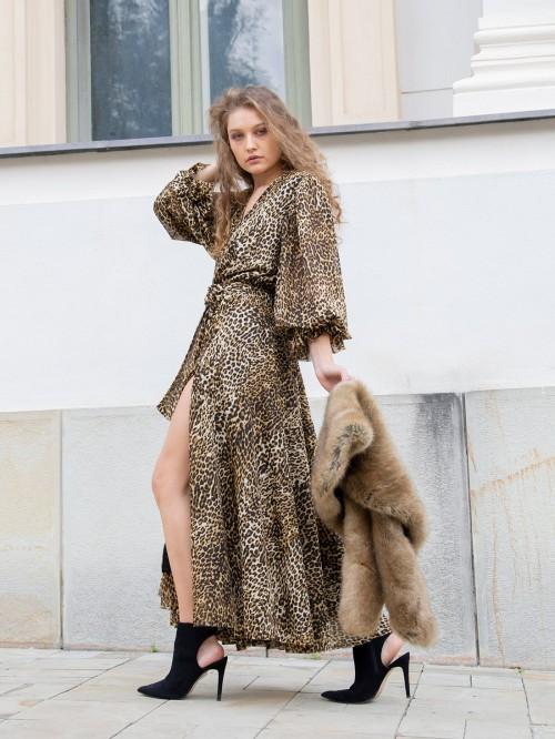 Rochie lunga animal print cu maneci ample semitransparente