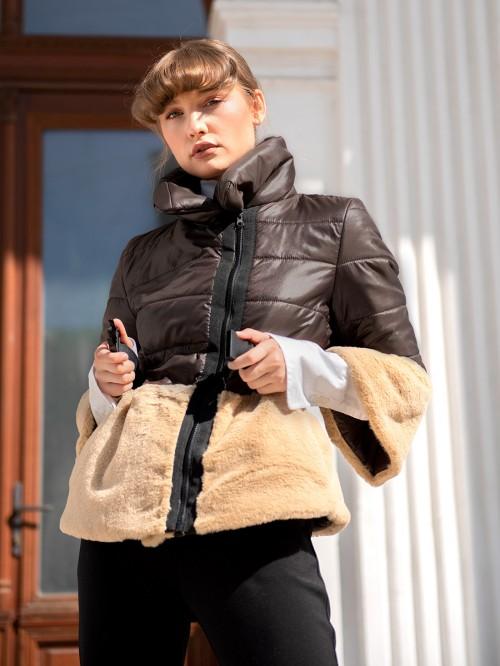 Jacheta matlasata cu buzunare si blana sintetica
